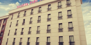 Niconya Port Suites & Hotel