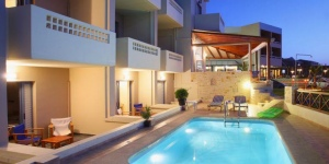 Esperia Beach Apartments & Suites